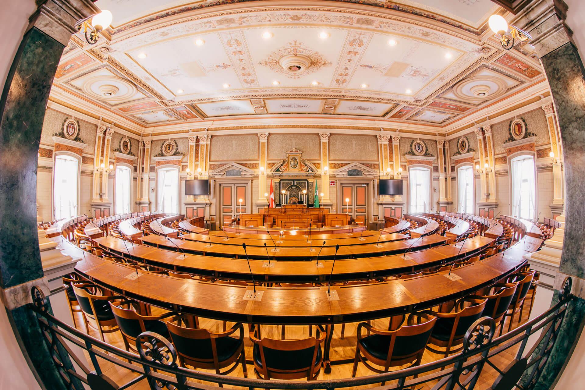 Einblicke 06 Us Sk Kantonsratssaal 8371 (1)